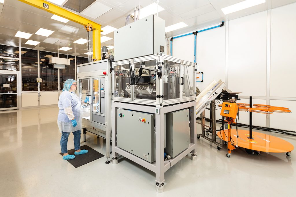 Clean Room, White Room, Medical Molding, Injection Molding, Blow Molding, Custom Molding
